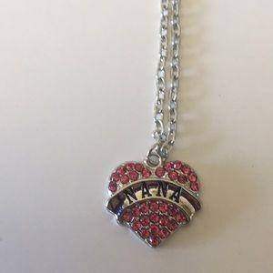 ⚠️Must Bundle⚠️Nana Heart Rhinestone Necklace